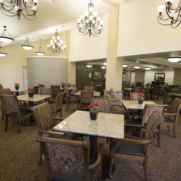 Resident Dining Room at Tigard