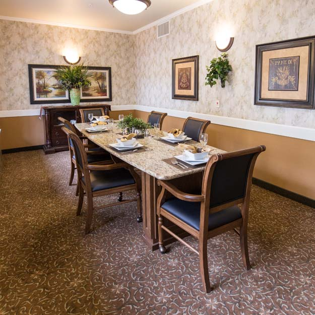 Independent Living private dining Park Vista