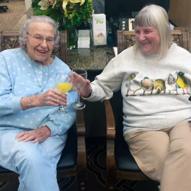 Independent living community seniors love being in assisted living and memory care