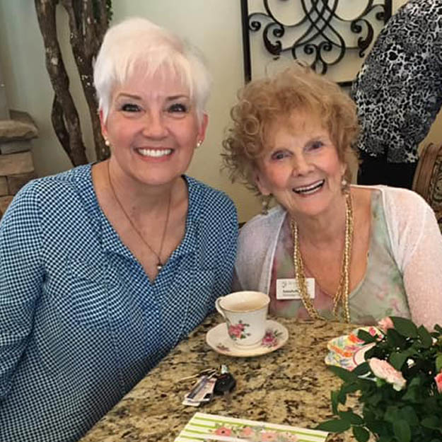 Indpendent living community seniors enjoy memory care and assisted living